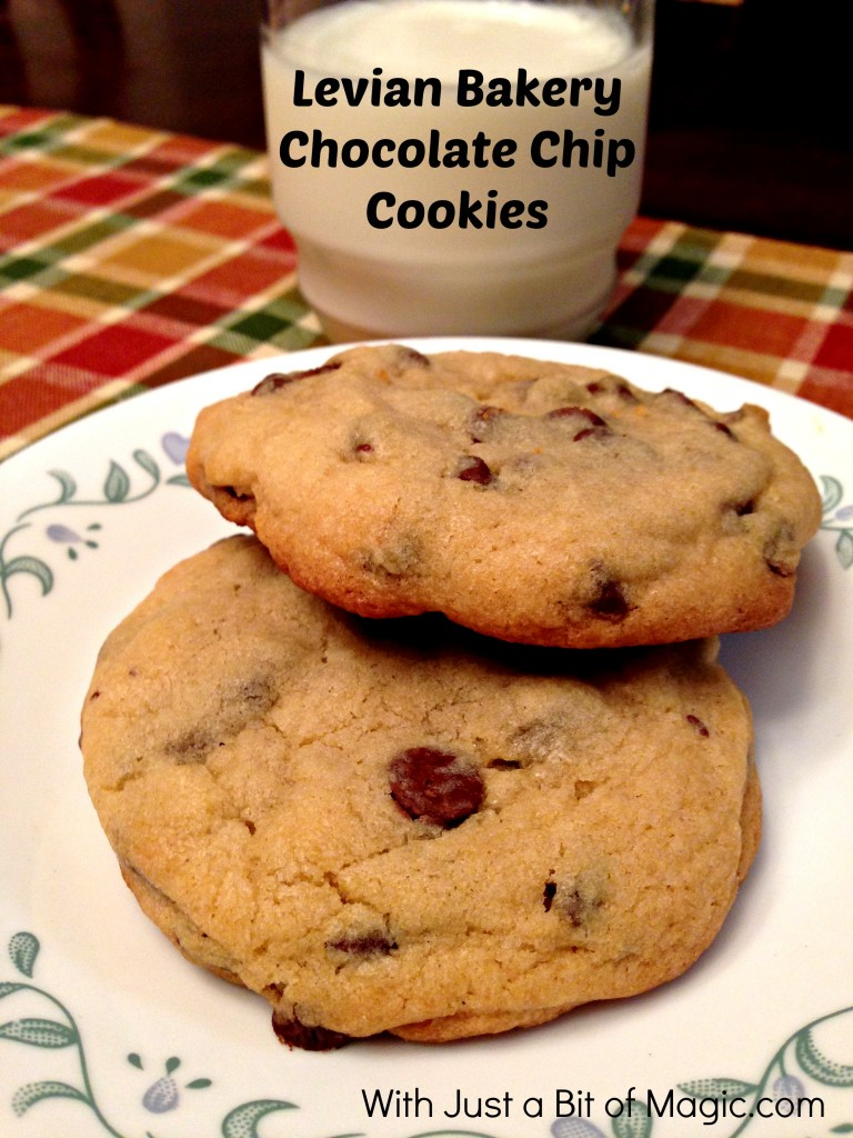 Levian Bakery Chocolate Chip Cookies